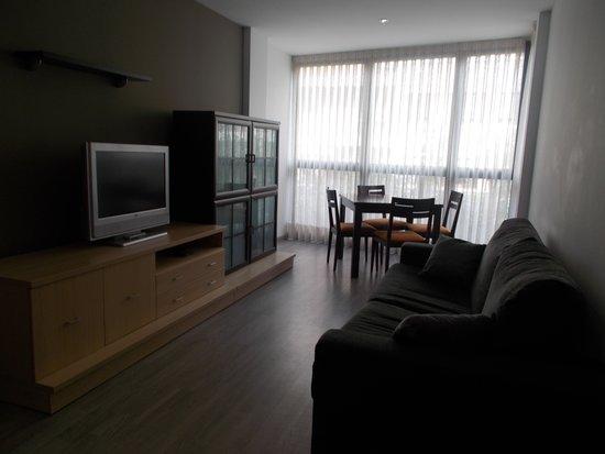 Apartments Eixample Spain Square: Living room