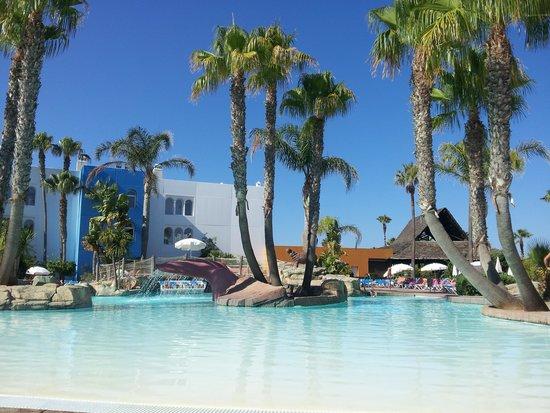 Playaballena Spa Hotel: La piscina
