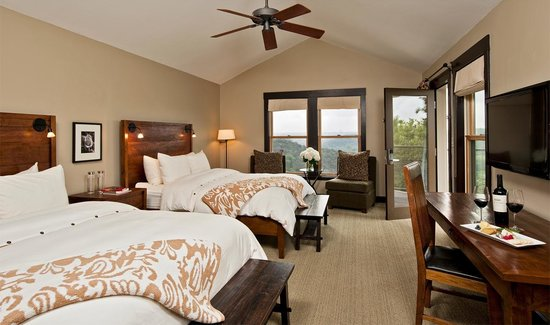 Travaasa Austin: Canyon View Room – double queen