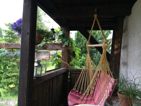 Pension Gimmelwald: hammock and sofa on deck