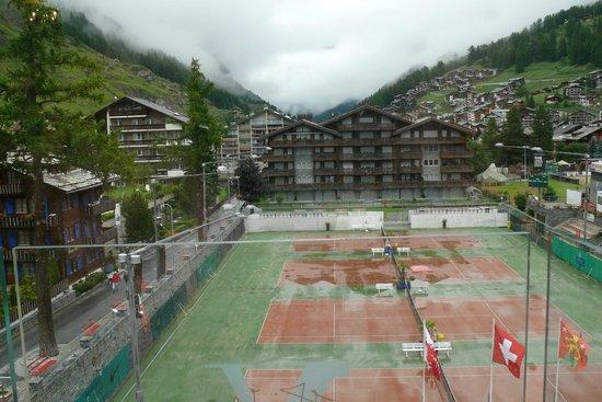 Backstage Hotel Vernissage : La vue du balcon de la chambre d'hotel le matin