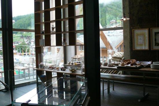 Backstage Hotel Vernissage : Le petit déjeuner buffet du matin avec que des produits frais