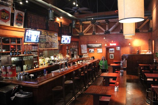 Big River Grille & Brewing : One of 2 bars
