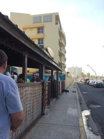 Boardriders : Outside the restaurant