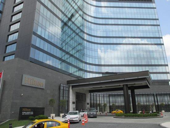 Hilton Istanbul Bomonti Hotel & Conference Center: Hotel Exterior
