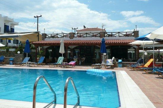 Andreas Hotel: Η πισίνα
