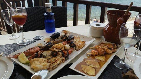 Es Port: Ассорти из морепродуктов