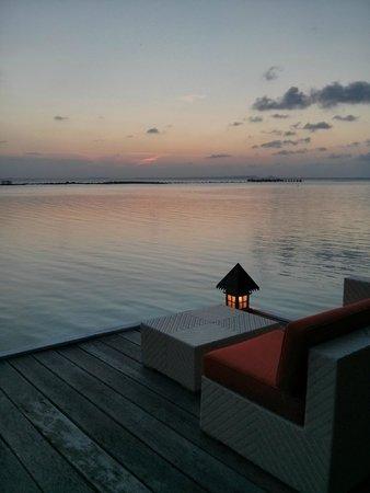 Kura Kura Resort: Sunset lounge