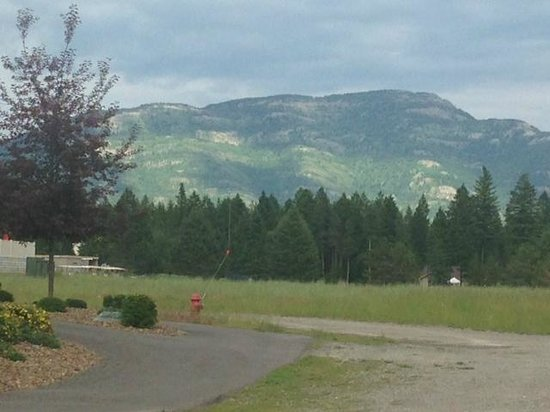Meadow Lake Resort : View from the grounds at the Glaicier Park foothills facing east