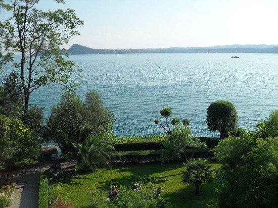 Isola del Garda: Lago dalla Villa