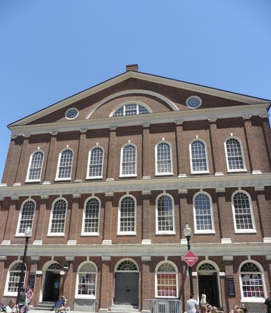 Faneuil Hall Marketplace : Feneuil Hall
