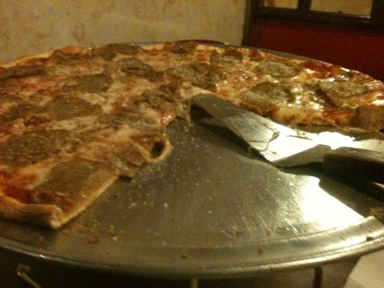 Campanella's Italian Restaurant: Meatball Sausage Pizza YUM YUM