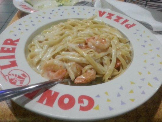 Gondolier Pizza Italian Restaurant: Alfredo Pasta with Shrimp!  Amazing