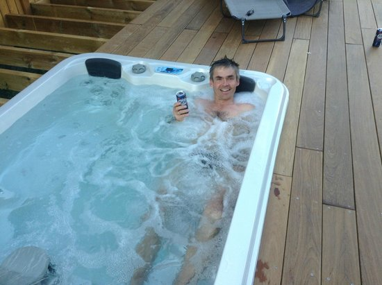 Cycling Ascents : Hot tub - really nice after doing Marmotte or another hard ride