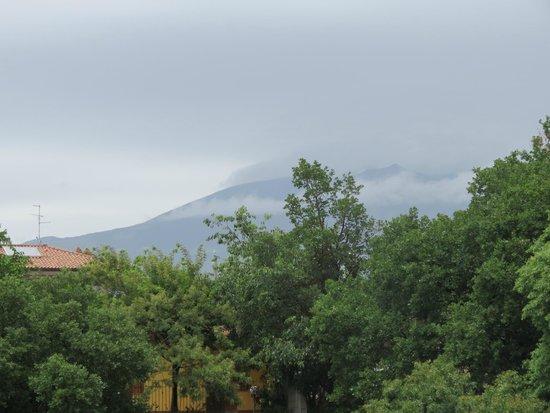 Etna Massalargia: El Etna desde el balcón de la habitación