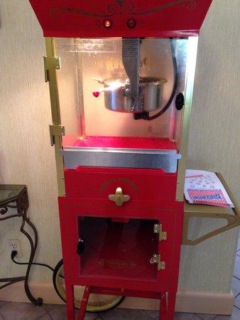 Ramada Wytheville : Fresh popcorn