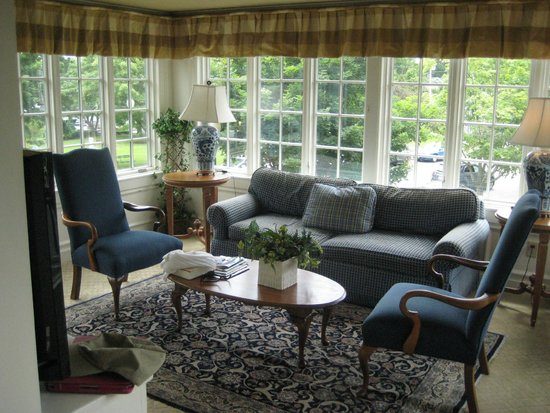 Sherwood Inn : Sitting Room