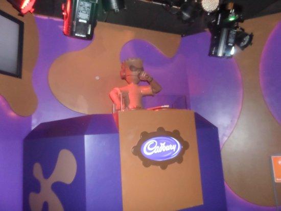 Cadbury World: DJ