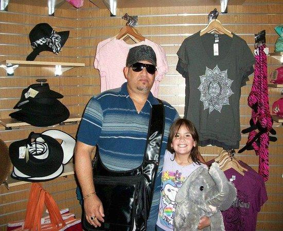 Zoo Miami: Tienada de Suvenir del Zoo