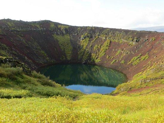 Ruta del Círculo Dorado: ケルズ火山湖