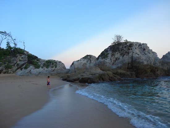 Dreams Huatulco Resort & Spa : Beach