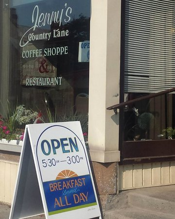 Jenny's Country Lane Coffee Shop - opens 0530 am