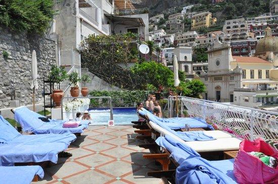 Covo Dei Saraceni : view of the smaller pool/spa