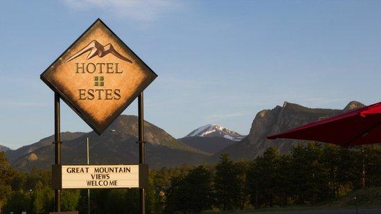 Hotel Estes : sign