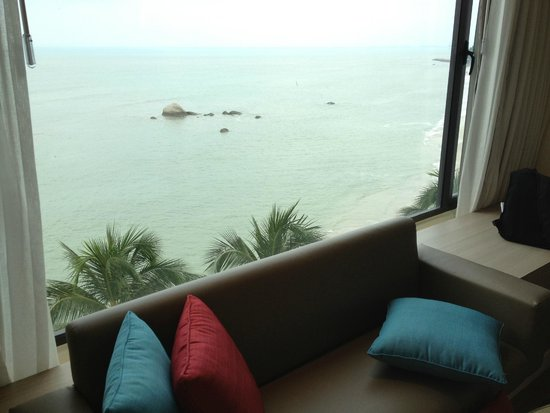 Four Points by Sheraton Penang: View from Oceanview room - level 4