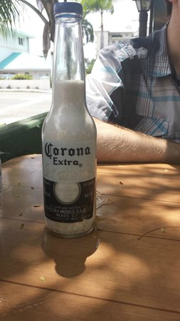 Coconut Joe's Beach Bar & Grill: salt shaker