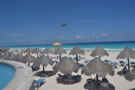 Golden Parnassus All Inclusive Resort & Spa Cancun: Beach