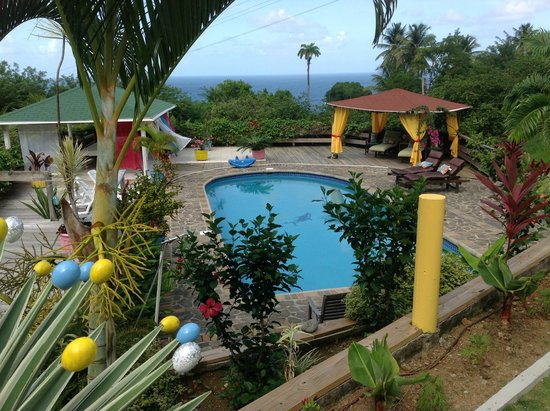 OhLaLa Villas : A great place for family and gathering of friends.