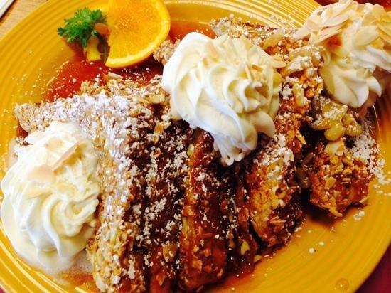 Shea's Cafe & Bakery: Amaretto Crunch Stuffed French Toast - Yum!