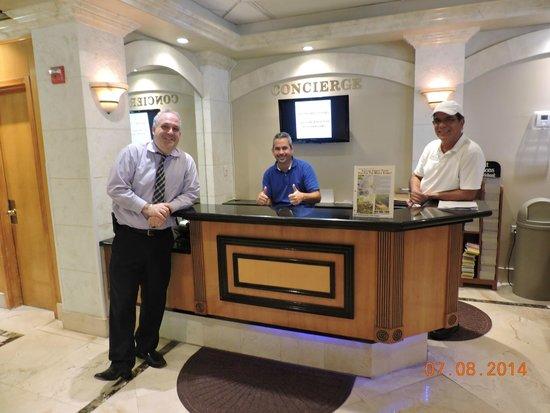 Ocean Sky Hotel & Resort: Mr. Cahaly and Staff