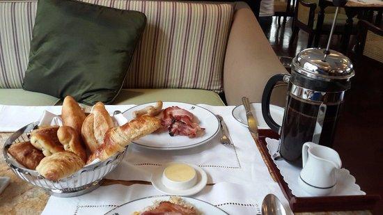 Sofitel Legend Metropole Hanoi: Breakfast