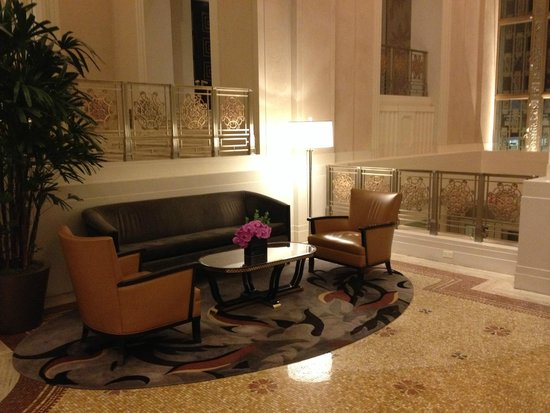 Waldorf Astoria New York: Refurbished lobby 4