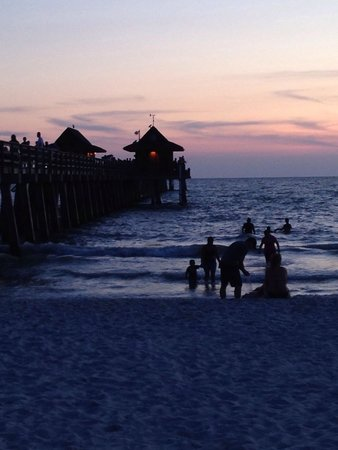 Naples Pier : Sunset in July