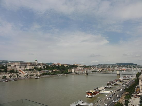 Budapest Marriott Hotel: View fro hotel terrace