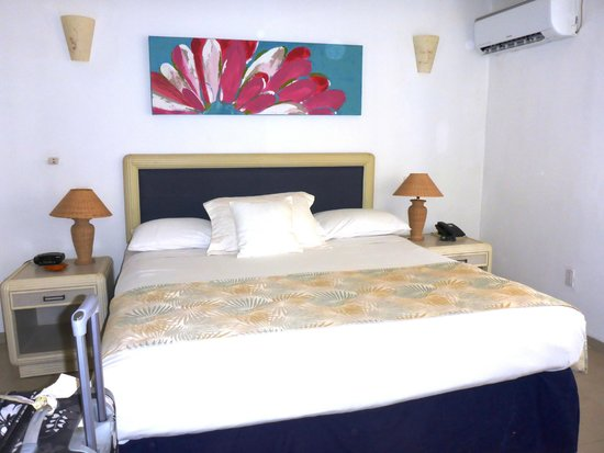 Cocoplum Beach Hotel: habitacion 116 muy buena!