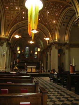 Saint James Cathedral: Inside