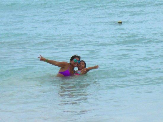 Cocoplum Beach Hotel: La Playa del hotel