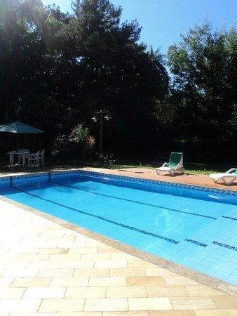 Rio-Penedo Hotel: Visual área da piscina