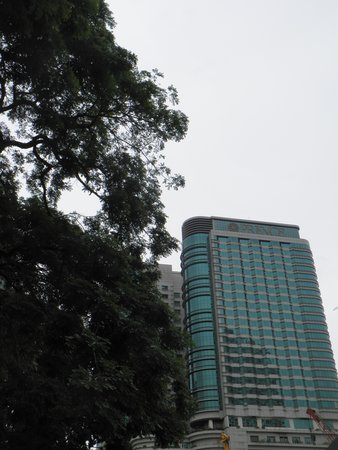 Pullman Kuala Lumpur City Centre Hotel And Residences : ホテル