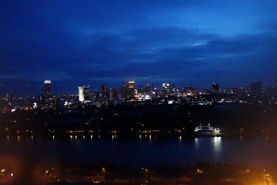 Shama Lakeview Asoke Bangkok : Vew Cityline