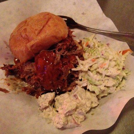 Phil's BBQ : Pulled Pork Sandwich