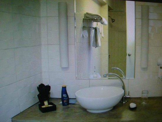 Tierra Viva Arequipa Plaza Hotel: Baño habitación Hotel Tierra Viva