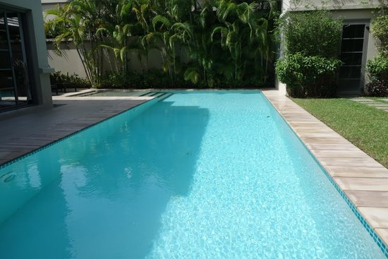 The Residence Resort and Spa Retreat: Pool