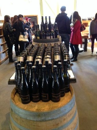 Yarra Valley Wine Tasting Tours : wine!