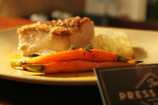 The Press Room Wine Bar: Roast Pork Belly, baby carrots and fresh Beechworth Honeycomb
