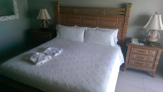 Le Vele Resort: King Bed